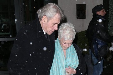 Judi Dench David Mills Judi Dench and David Mills Brave the Snow