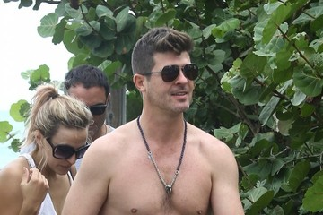 Julian Thicke Robin Thicke & Girlfriend April Love Geary Enjoy a Day at the Beach