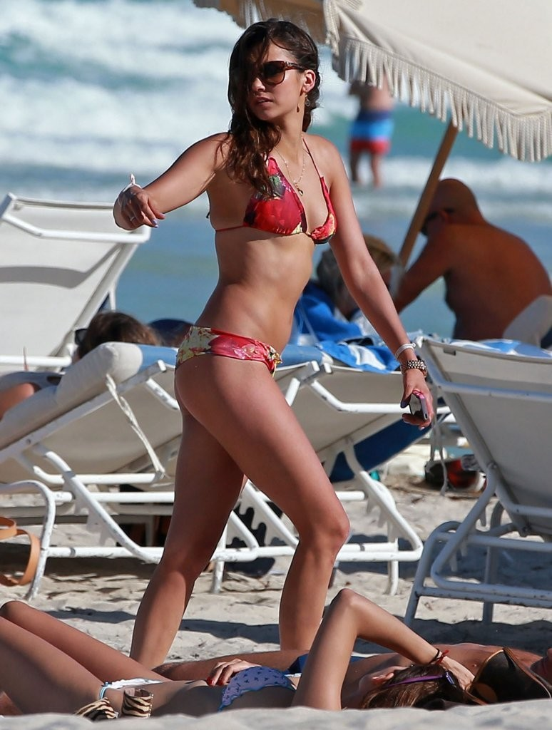 Julianne Hough & Nina Dobrev Soaking Up The Sun In Miami