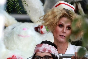 Julie Bowen 'Modern Family' Films a Halloween Episode