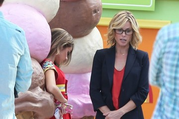 Julie Bowen 'Modern Family' Films Their Halloween Episode