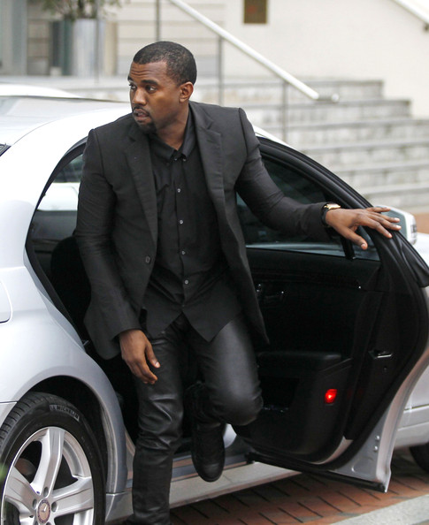 Nosee Rosee: Fashion Pause: Kanye's Leather Pants