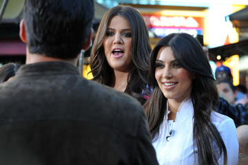 Mario Lopez The Kardashian Girls At The Grove To Do An Interview On EXTRA