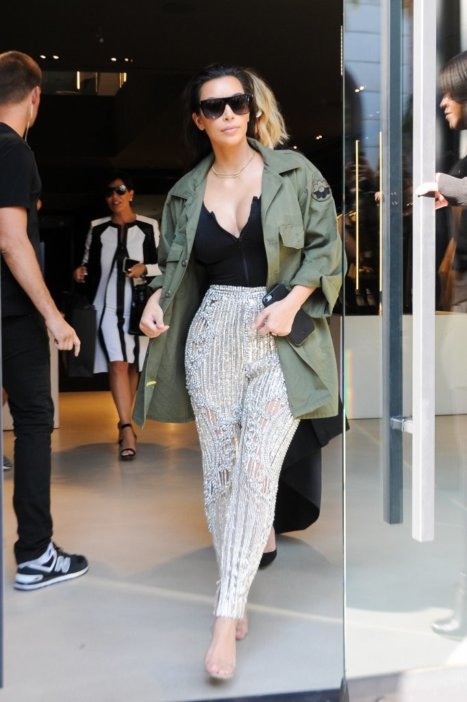 Kim Kardashian - Shopping in Beverly Hills, California 07/29/2016