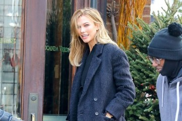 Karlie Kloss Karlie Kloss Spotted Out For Lunch in NYC