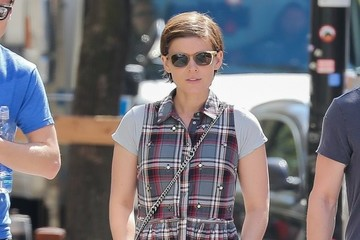 Kate Mara Kate Mara & Jamie Bell Out For a Walk in NYC