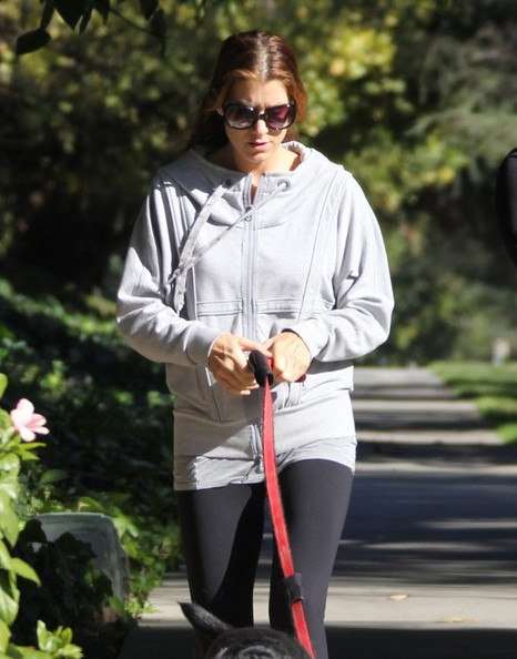 Kate Walsh - Kate Walsh Hikes Through Griffith Park
