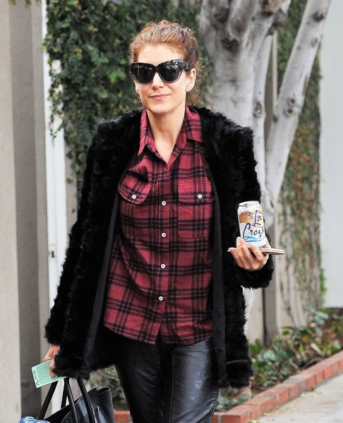 Kate Walsh Out Shopping In