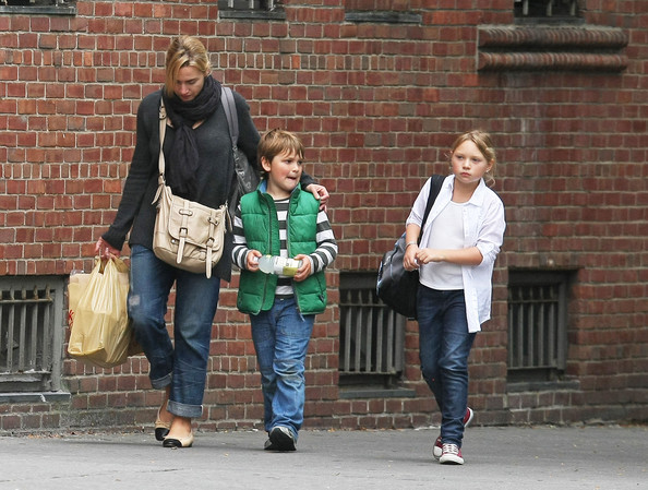 Kate Winslet Actress Kate Winslet does some grocery shopping and picks up her kids Mia and Joe from school in New York City.