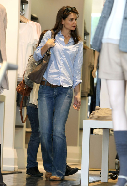 Katie Holmes Out Shopping At Club Monaco