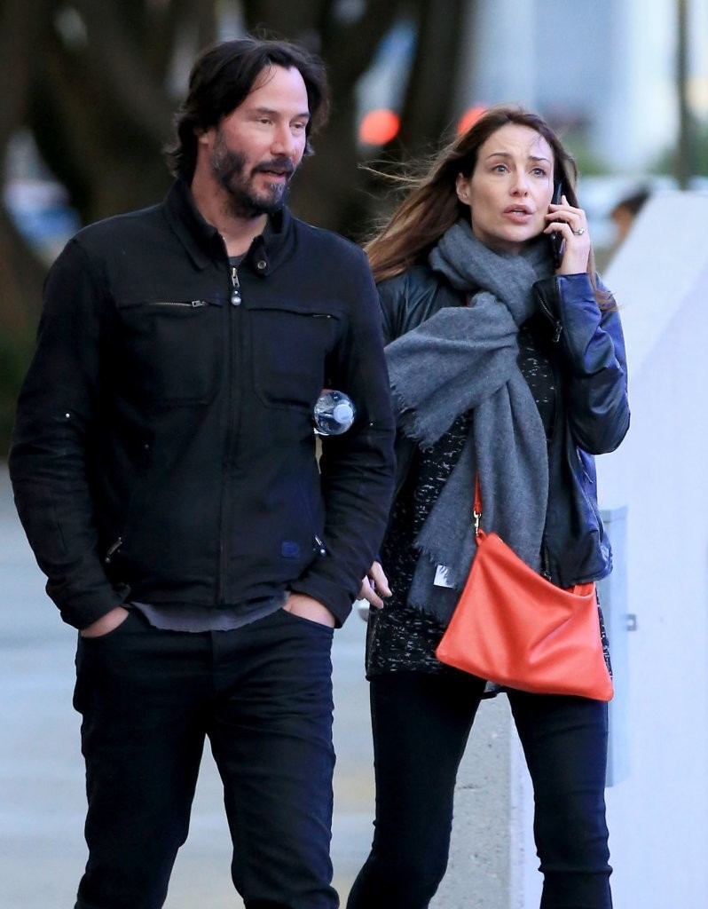 Keanu Reeve with the Mysrty women on his way to the concert
