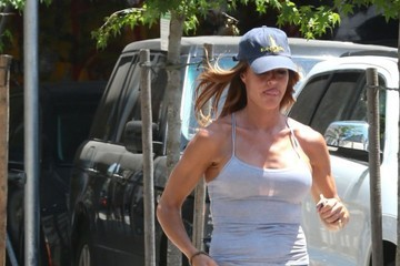 Kelly Bensimon Kelly Bensimon Goes Jogging