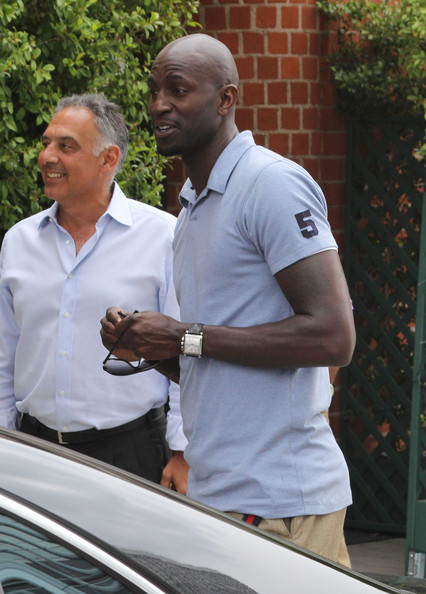 kevin garnett leaving mr chow after lunch in this photo kevin garnett