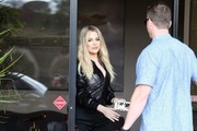 Khloe Kardashian Steps Out In Los Angeles