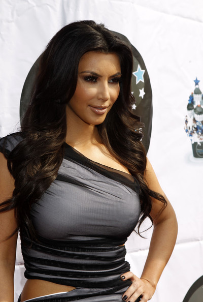 kim kardashian makeup looks. pictures Kim Kardashian hot makeup kim kardashian makeup looks.