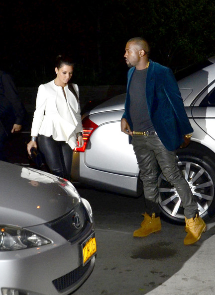 West arrive at kanye s apartment after dinner in this photo kanye west