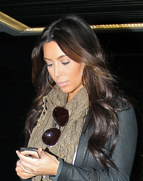 Kim Kardashian - Kim Kardashian Shows Off Her New Hair