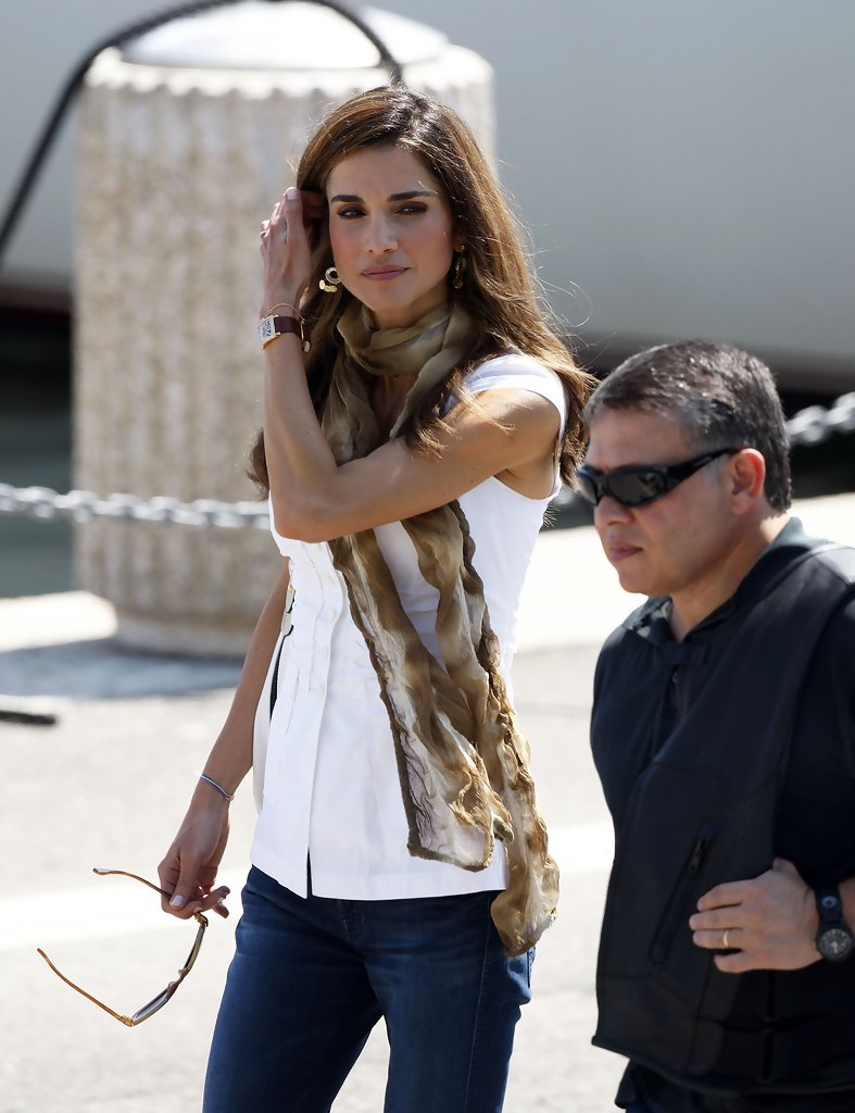 Queen Rania In King Abdullah Ii Amp Family Out In France