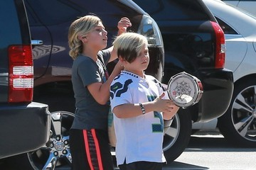 Kingston Rossdale Gwen Stefani Spends the Day With Her Boys