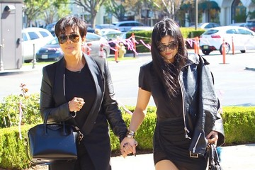 Kris Jenner Kylie Jenner Kris and Kylie Jenner Grab Sushi for Lunch