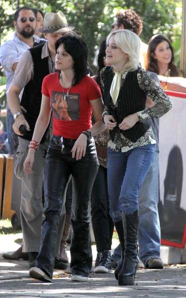 Kristen Stewart And Dakota Fanning On The Set Of 'The Runaways' 2