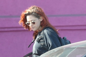 Kristen Stewart Kristen Stewart Hangs with a Friend