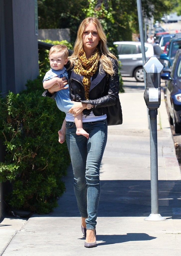 Kristin Cavallari Out And About With Her Son - Zimbio