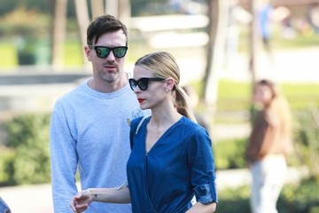 Kyle Newman Jaime King & Kyle Newman Take James To The Park