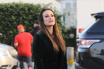 Kyle Richards Kyle Richards and Faye Resnick Have Lunch in Beverly Hills