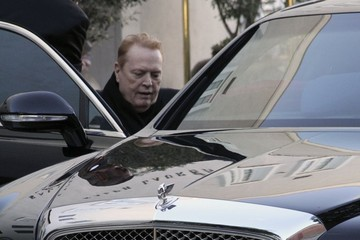 Larry Flynt Larry Flynt is Pushed to His Car