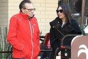 Larry King Grabs Lunch With A Mystery Woman At The Palm