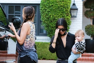 Larsa Younan Kourtney Kardashian Gets Picked Up by Larsa Younan