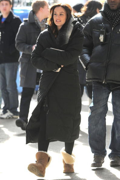 "Leighton Meester The cast of ""Gossip Girl"" films on lower 5th Ave on a chilly day in New York City."
