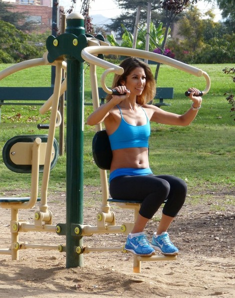 Former Page Three Girl Leilani Dowding spent her Labor Day jogging through Pan Pacific Park in West Hollywood, California with her dog Milo on September 2, 2013. The stunning model and fashion designer worked out her six-pack before heading to LAX to catch a flight bound for London.