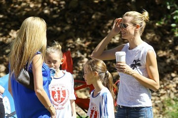 Leni Samuel Heidi Klum Takes Her Kids To Their Soccer Game