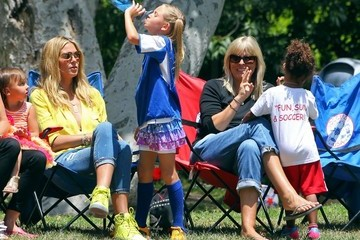 Leni Samuel Heidi Klum Cheers on Her Kids