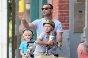 Liev Schreiber Out with His Boys