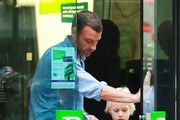 Liev Schreiber Takes Alexander to the Bank