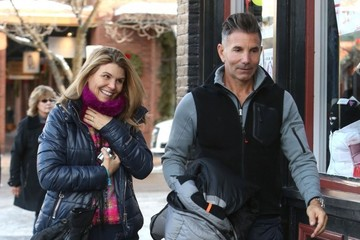 Lori Loughlin Mossimo Giannulli And Her Husband Hang Out In Aspen