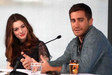 Anne Hathaway Jake Gyllenhaal 'Love & Other Drugs' Photocall In Sydney