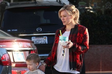 Luca Comrie Hilary Duff Takes Luca To Get Some Fro-Yo