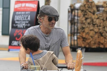 Maceo Martinez Olivier Martinez and His Son Go Grocery Shopping at Bristol Farms