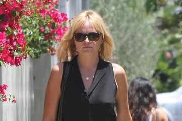 Malin Akerman Malin Akerman Lunches at Cafe Gratitude