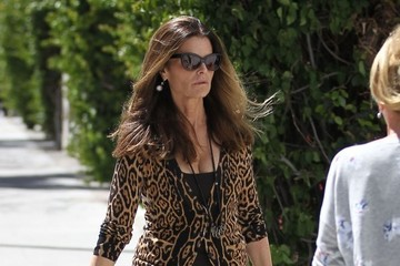 Maria Shriver Maria Shriver Goes Shopping in Beverly Hills