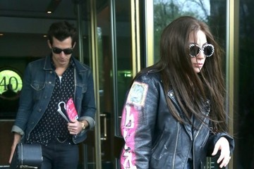 Mark Ronson Lady Gaga Leaves Her Hotel With Mark Ronson