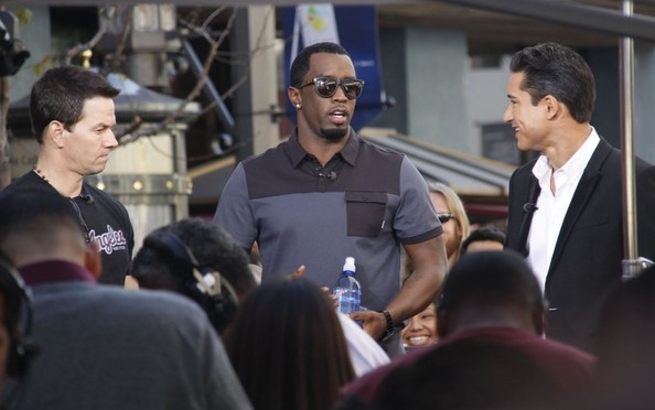 Mark Wahlberg and Diddy Stop by 'Extra!'