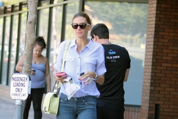 Mark Wahlberg Mark Wahlberg and Rhea Durham Go to Lunch