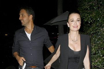 Mauricio Umansky Celebrities Dine Out At Mr Chow Restaurant