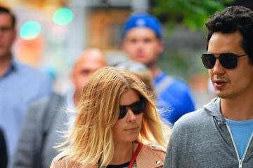 Max Minghella Kate Mara & Max Minghella Out For A Stroll In NYC