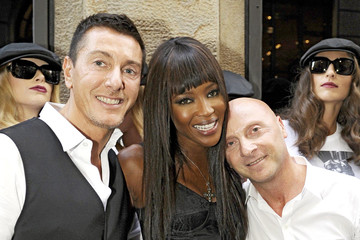 Naomi Campbell Domenico Dolce Milan Fashion Week - Naomi Campell Celebrates The 25 Years Of Her Career